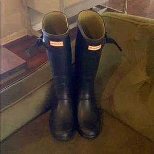 Hunter Boots - Huntress